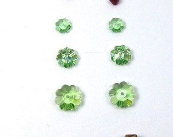 Swarovski Christmas Tree Earring Kit  in Peridot and Sterling Silver Earwires, P-1
