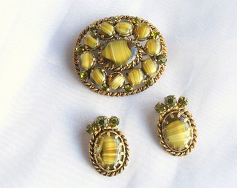 Green Porphyry Glass Brooch Earrings Set Vintage West German Rhinestone Set Signed