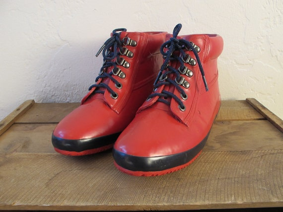 Ladies Vintage Red Eddie Bauer Rubber Rain Boots Duck Shoes Bright Red Ankle Boots Size 9