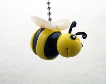Bumble Bee Fan Pull, Honey Bee Fan Pull - Bee Nursery Decor - Polymer Clay