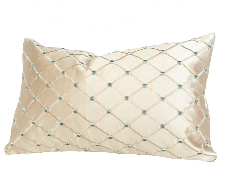 Throw Pillows Lowes : Luxury Throw Pillow Cream Silk Decorative Throw Pillows