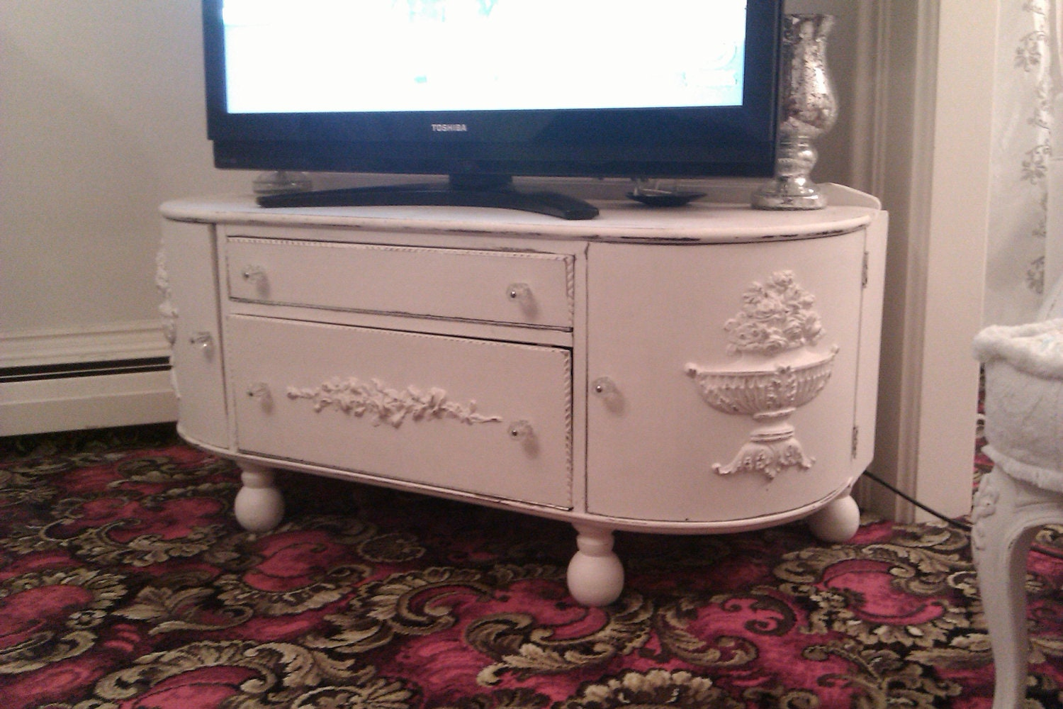1000 images about shabby chic tv stands on pinterest painted cottage best tv stands and. Black Bedroom Furniture Sets. Home Design Ideas