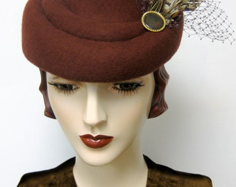 1940's French Sculpted Toque/ Terra Cotta