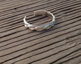 Toe ring sterling silver jewelry basket weave pattern adjustable