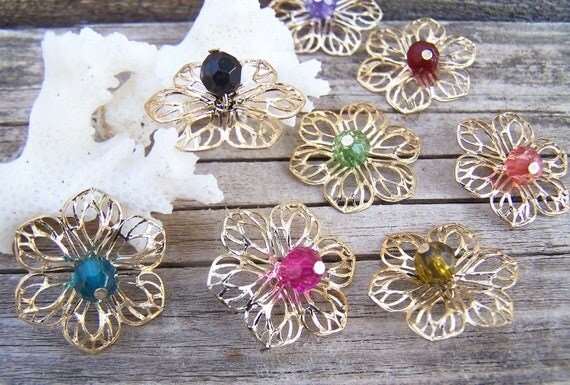 Vintage Supplies, 8 Fillagree Daisy Charms , Jewelry Making , 8 mixed colors , no matches