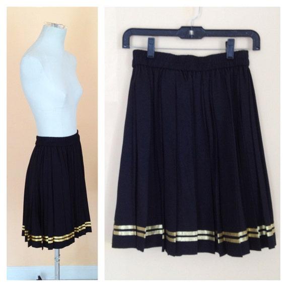 Vintage Black Pleated Skirt. Gold Trim. Metallic. Trendy. Size Medium. Classic. Little Black Skirt. Cotton Skirt. Knee Length. 1980s.