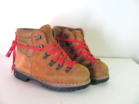 Luxury  Suede Leather Hiking Boots With Red Laces  Men39s 56 Women39s 7