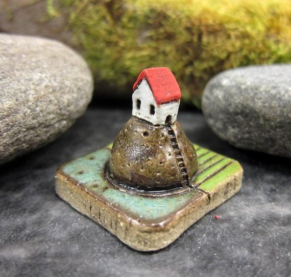 MyLand - Villa Potato - Collectible 3x3 cm or 1.2x1.2 in. puzzle in stoneware