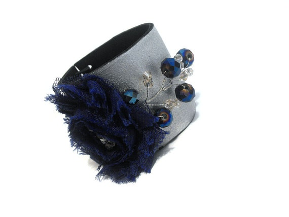 30% OFF SALE   SALE Statement leather bracelet with navy blue flower