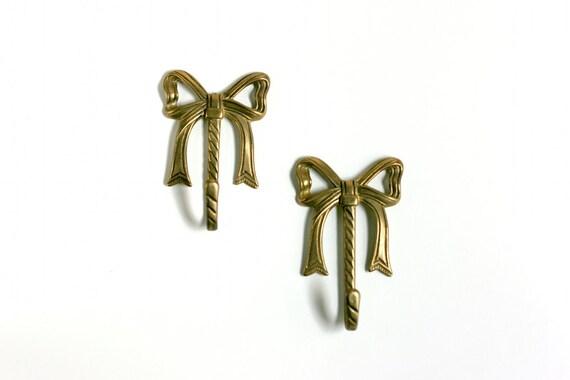 Vintage Brass Bow Hooks