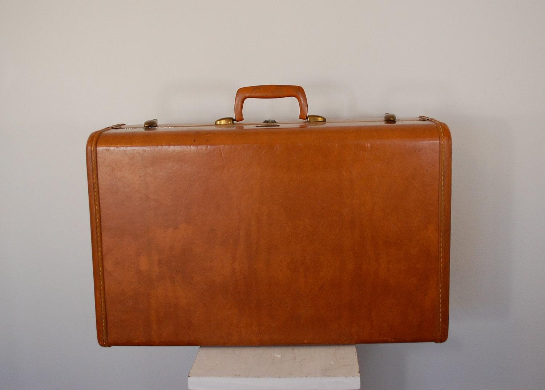 vintage shwayder samsonite suitcase luggage 1950 39 s. Black Bedroom Furniture Sets. Home Design Ideas