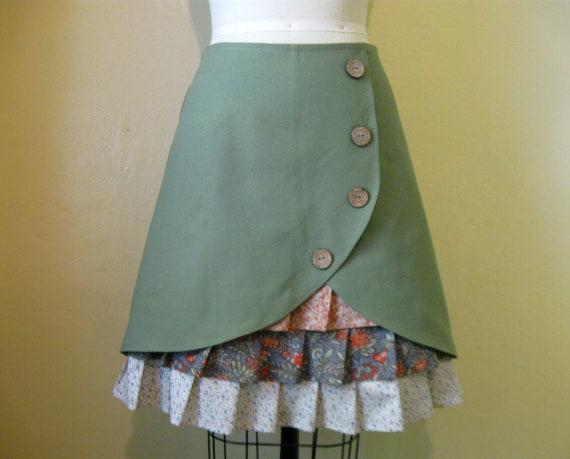 Sagebrush Sadie ruffle front skirt Sz 10