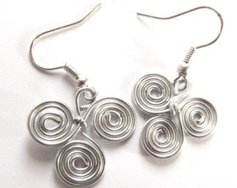 Triskele Celtic Earrings 3 Spiral Swirl Light Silver Metal Wire