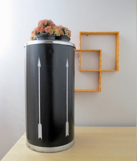 arrow ash can, mid century trash can