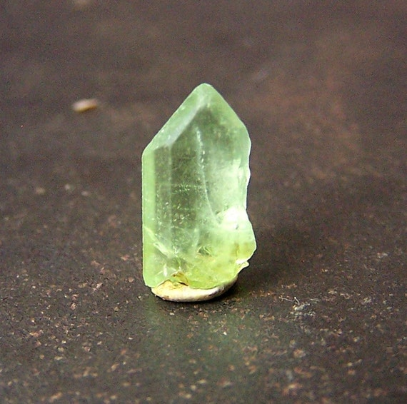 Peridot Crystal - Terminated point -   Natural Peridot  - wire wrap stone - bright green crystal - raw rough