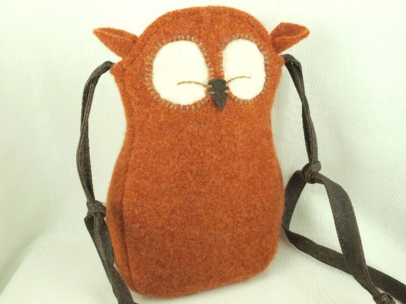 Owl Bag Wool Messenger Bag Recycled Wool in Red Brown with Adjustable Leather Strap Cotton Lining Eco Friendly Height 10""