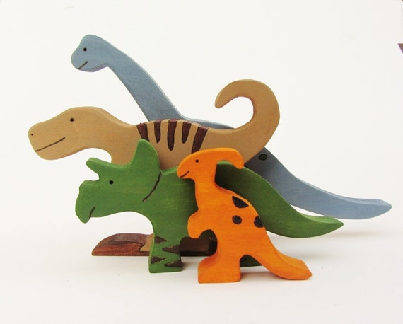 Wooden Dinosaur Toy Set- Waldorf wood dinos