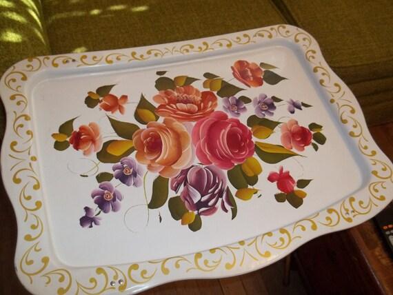 Vintage Floral tv tray Excellent condition