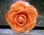 Kostenloser Versand echter erhalten Kürbis Orange ROSE Brosche und Anhänger