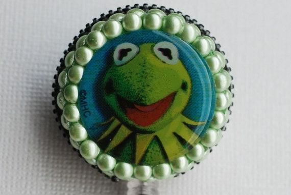 The Muppets Kemit The Frog Vintage Zipper ID Badge Reel