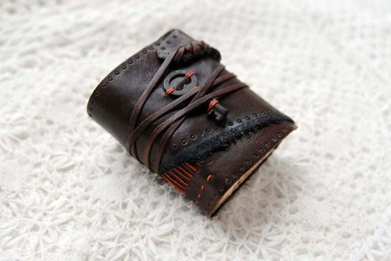 Le Havre - Rustic Brown Miniature Embossed Leather Notebook with Tea-Stained Pages & Tiny Vintage Key