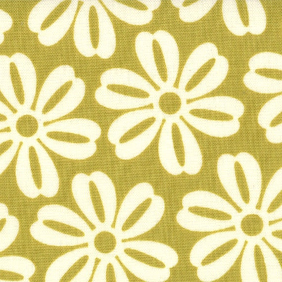 Lucy's Crab Shack - Aloha in Green Apple  - SKU 5484 33  - by Sweetwater for Moda Fabrics - 1 Yard