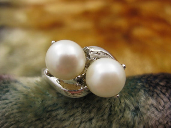 Ring - Size 6 3/4 - Sterling Silver - Real Pearls - High Fashion - Promise Ring - Women Jewelry - Ocean Collectible - Signed Stamped
