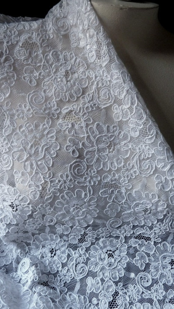 """18"""" REMNANT Alencon Lace in White for Bridal, Boleros, Clutches, Gowns, Headpieces, Handbags"""