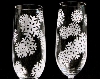 2 Winter Wedding Champagne Flutes, Crystal Wedding Flutes, Snowflake Wedding