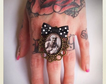 Old School Pin Up- Style Tattooed grandma ring