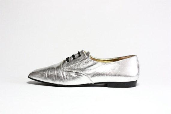 Vtg Metallic Silver Leather Oxfords 9
