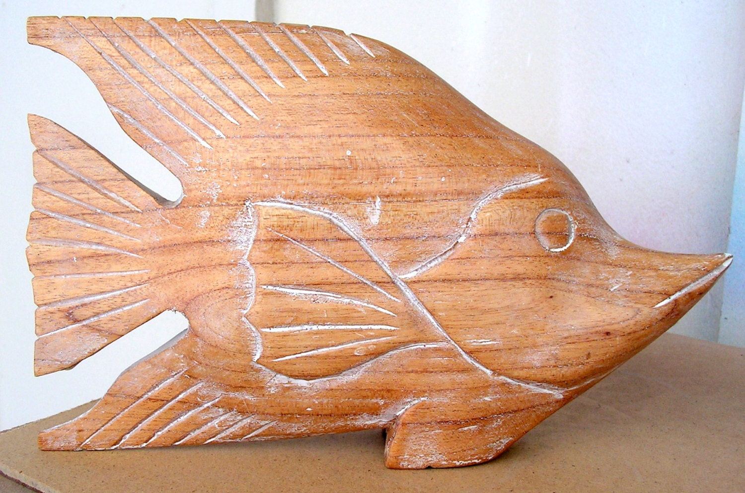 Vintage carved wooden fish decoy folk art wood carving