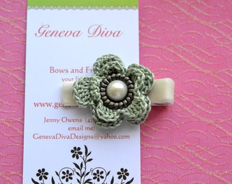 Frosty Green Vintage Inspired Crochet Flower Clip