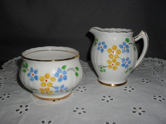 Vintage English Bone China Creamer and Open Sugar Bowl - Free Domestic Shipping