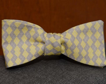 Combo: Yellow and Tan Mini Argyle  Bow Tie & Matching PSquare