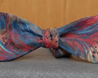 Feather Friendly  Bow Tie