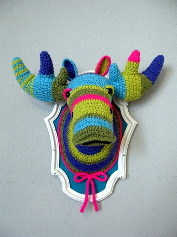 Crochet Color block Moose (BIG) in a wooden white frame