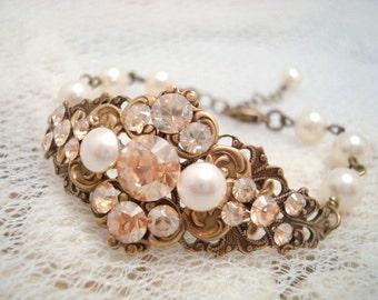 Crystal Bridal bracelet, Bridal jewelry, Cuff bracelet, Swarovski crystal bracelet, Pearl bracelet, Antique brass bracelet, Wedding bracelet