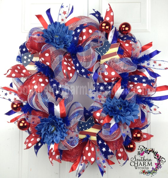 Deco Mesh Summer Patriotic Wreath Red White Blue Stripe July