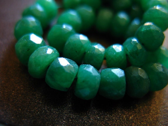 Shop Sale.. 10 25 50 pcs, EMERALD RONDELLES Beads, Luxe AAA, 3-4 mm, Dyed Emerald Kelly Green may birthstone brides bridal true der