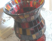 BEAUTIFUL MOSAIC Glass Vase - Festive - NOS - 1980 Era - (Credit Cards Accepted)