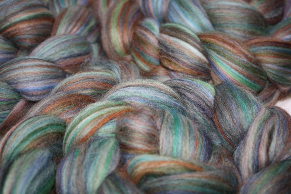 Merino Roving Top Lapis Super soft to spin