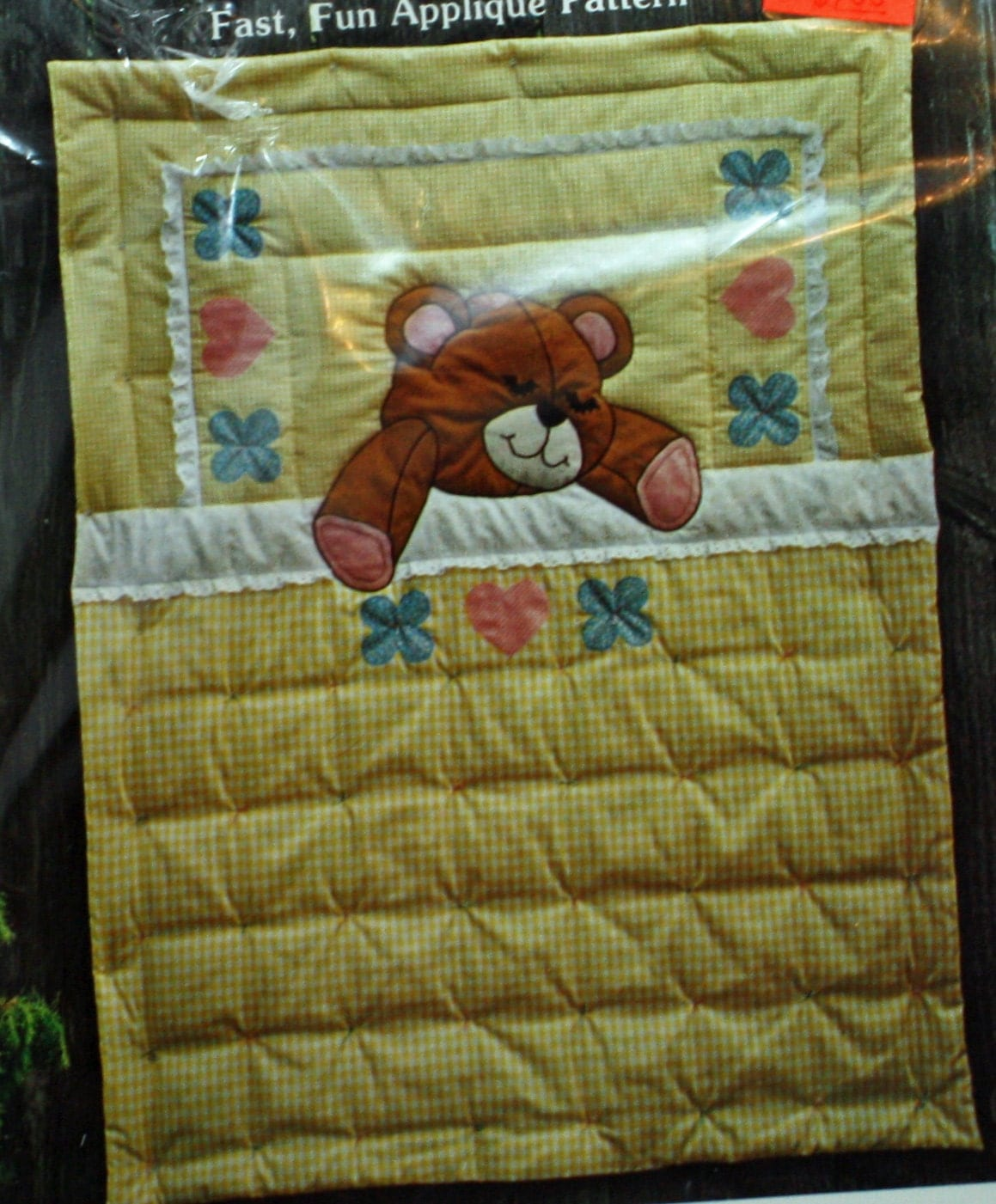 Vintage 1970s Sewing Pattern Sleepy Teddy Quilt By The