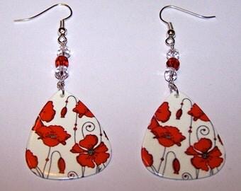 Poppies (white) - Guitar Pick Earrings