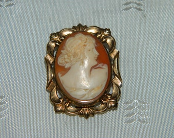 Antique Carved Shell Cameo Brooch Pin Pendant P. S. Co. 10 KT GF