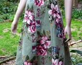 1940s Gored A Line SKIRT. Vintage Barkcloth Fabric