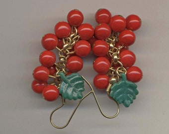Kristy Lee Holly Berry Bracelet and Earrings Set / Vintage Holiday Jewelry