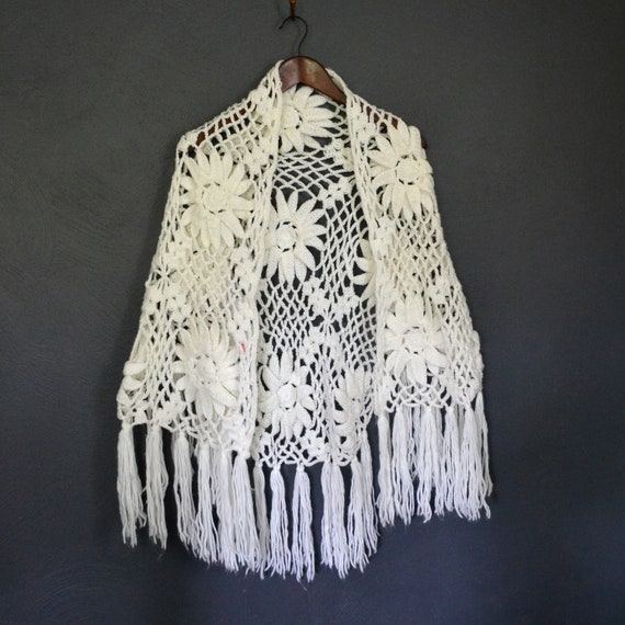 1970's Open Knit Shawl / Crochet Cape with Fringe