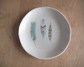 porcelain feather dish . no113 - villarrealceramics