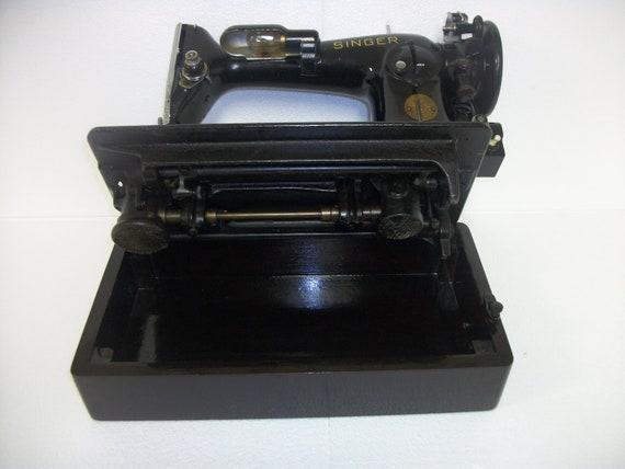 Singer portable sewing machine wood case